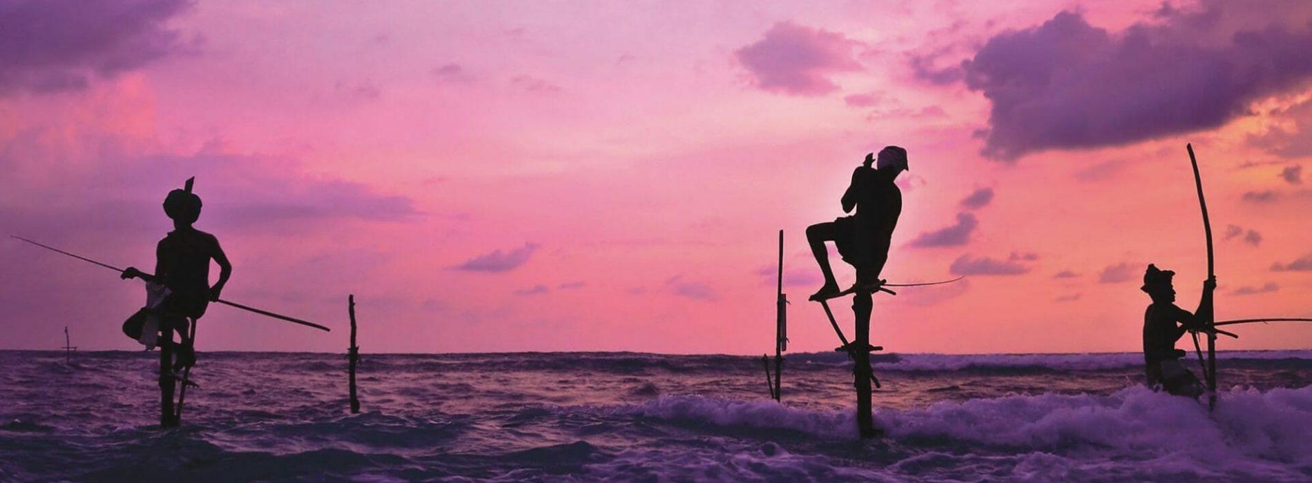 Sri Lanka, pêcheurs sur pilotis