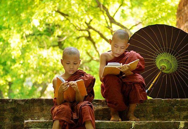 Myanmar_moines